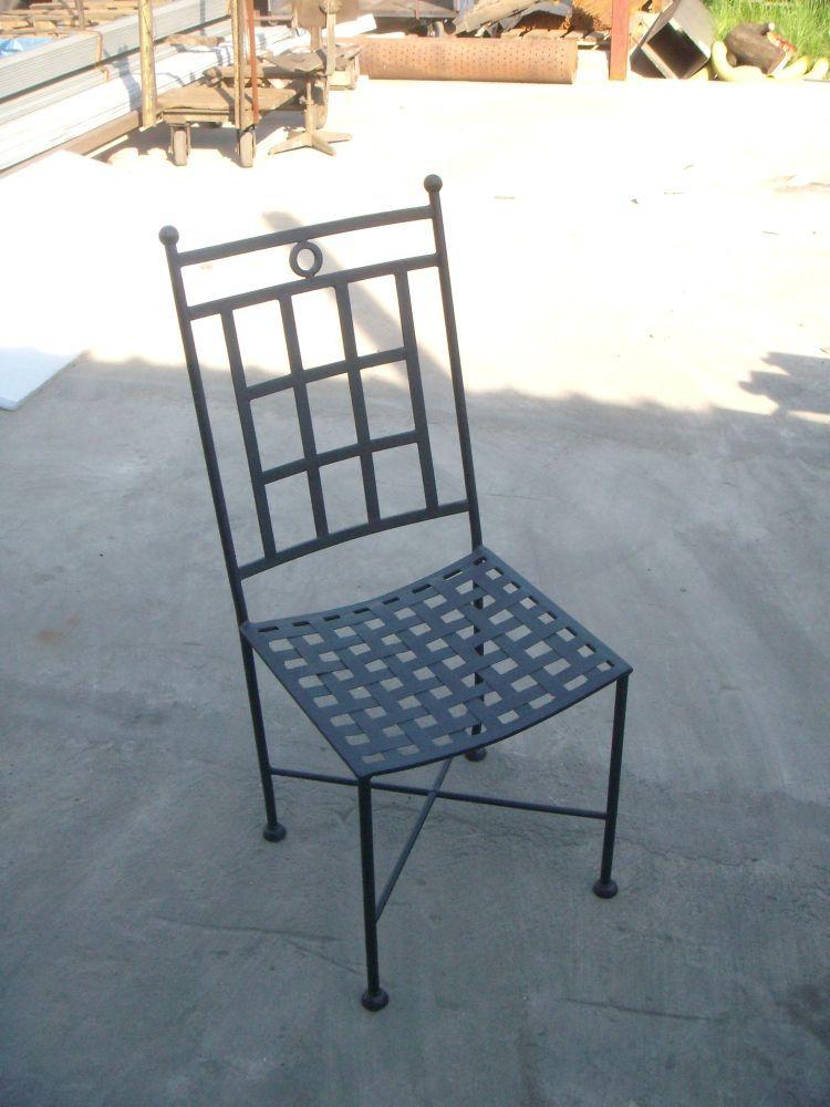 wrought-iron-furniture-02