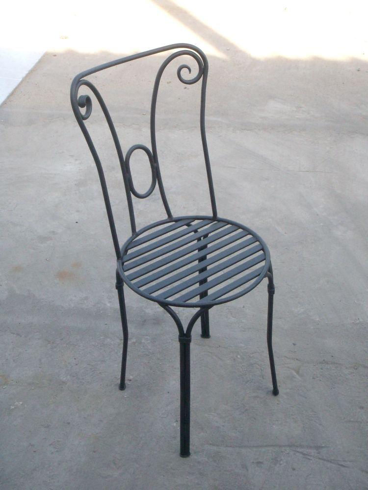 wrought-iron-furniture-03