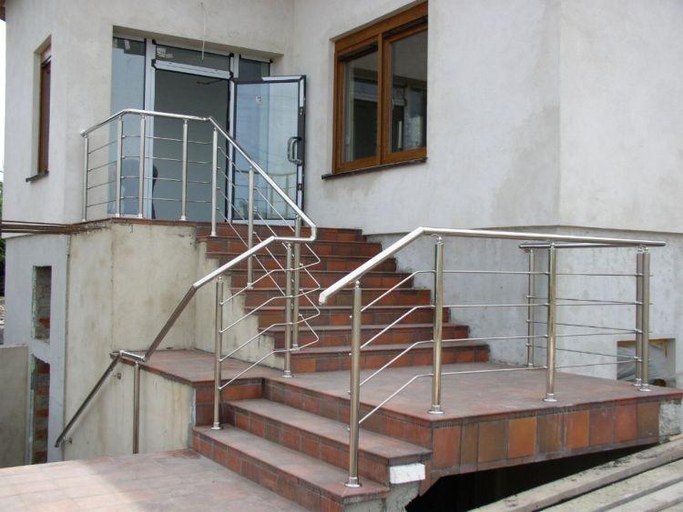 balustrades de balcon. Black Bedroom Furniture Sets. Home Design Ideas