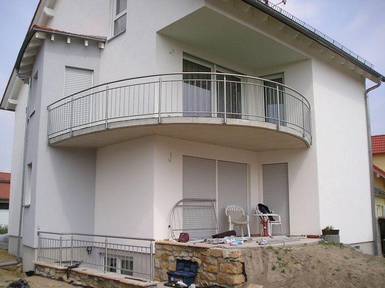 balustrade de balcon ballustrade rambarde balcon en acier. Black Bedroom Furniture Sets. Home Design Ideas