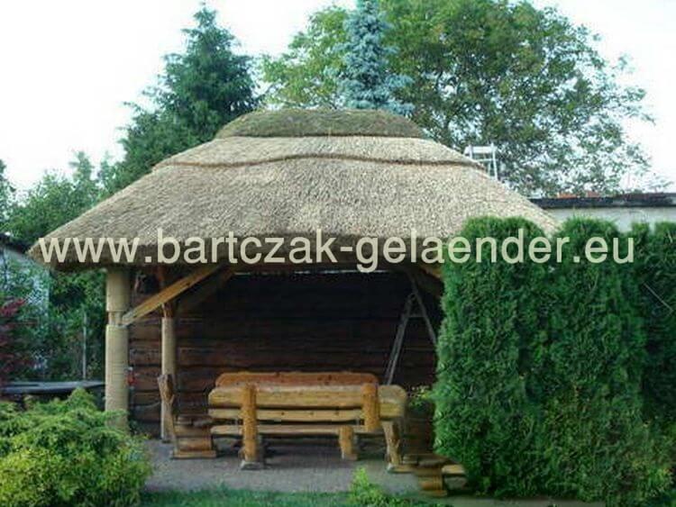 gartenpavillon mit reetdach gartenpavillon holz reetdach. Black Bedroom Furniture Sets. Home Design Ideas